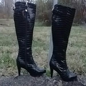 J. Renee Shoes - Crocadile fiercely sexy black boots.
