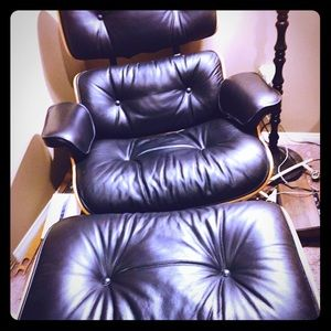 Authentic Eames Lounge Chair & Ottoman for sale