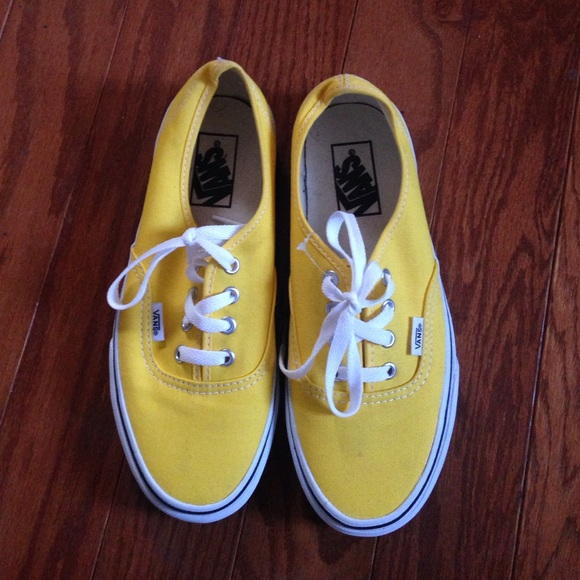 vans shoes size 6