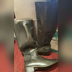"""CATHERINES  Shoes - """"🎉HOST PICK🎉"""" BLACK VEGAN LEATHER FASHION👢BOOTS"""