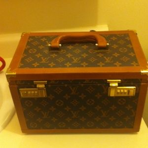 93 off Louis Vuitton Bags Vintage Jewelry Case And Watch Case