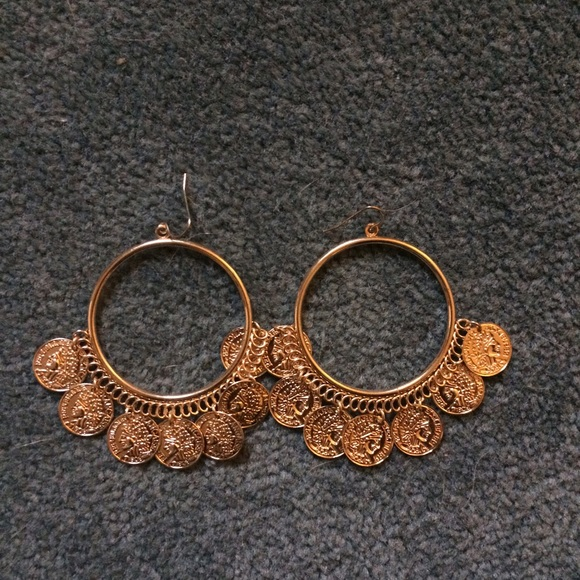 50 off forever 21 jewelry gold hoop earrings from for Forever 21 jewelry earrings