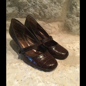 Bandolino Shoes - Brown Heels