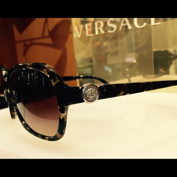 85c13dcae65 Authentic brand new Versace glasses