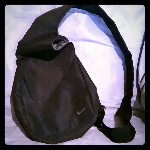 Mini Nike Cross Body Sling Backpack Bag. M 566c971b291a359a7a0094fd 1577d60b6