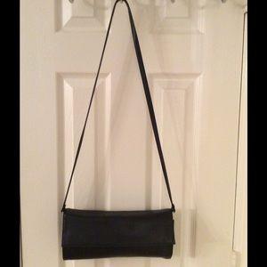 Preston & York Handbags - 🛍 Preston & York Black Leather Shoulder Bag