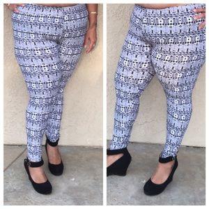 Pants - Plus size printed leggings