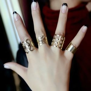 Set of 4 Gold Rings