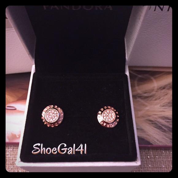 2bc20c885 pandora signature stud earrings gold - London's Car Clubs
