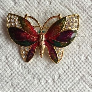 Jewelry - Butterfly pin