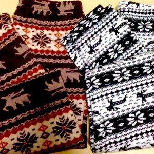 ⛄️SALE⛄️ 2 Pair Lined Snowflake Reindeer Leggings