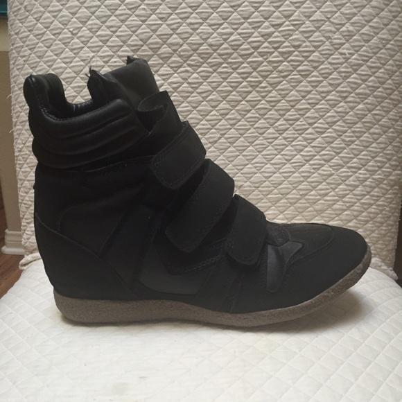 Black Nike Velcro Boots   Poshmark