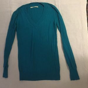 Turquoise vneck sweater from Nordstrom brass plum