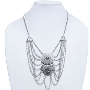 Jewelry - Silver Chain Statement Necklace