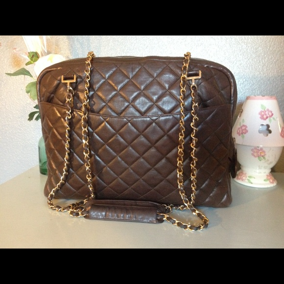 a4f7c22a68e625 CHANEL Handbags - Authentic Chanel Brown leather XL Jumbo Camera Bag