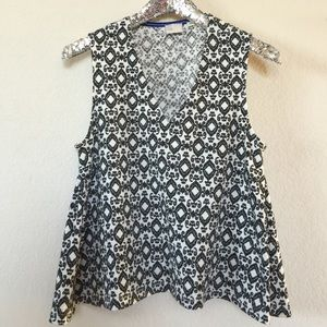 Anthropologie 9-H15 STCL Black and White Top, Med.