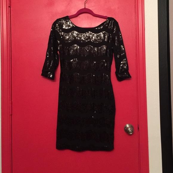 DRESSES - 3/4 length dresses Charlott 0txG5E