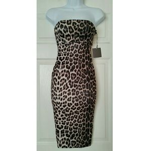 ASOS Petite Dresses & Skirts - ☆HP☆ NWT petite Leopard bodycon dress