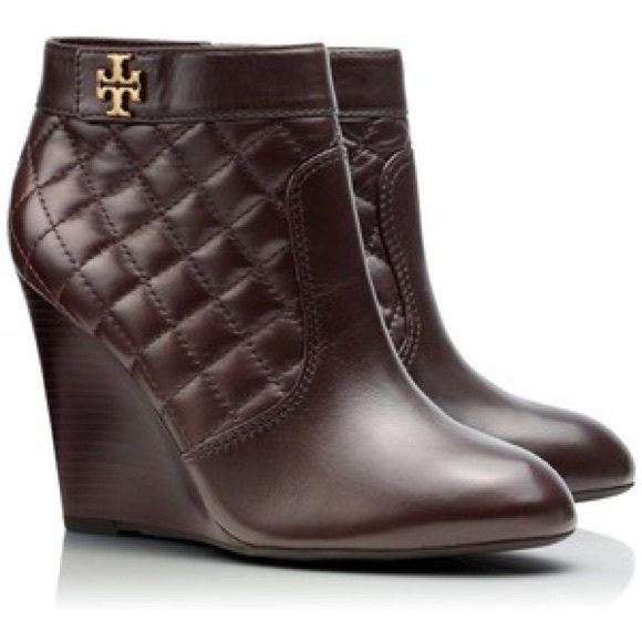 31f41279a23 Tory Burch Leila booties