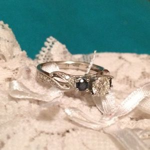 Jewelry - Saphire Engagement Ring 💕