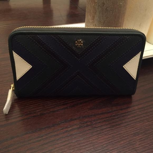 7a387aad7988 Rare Green Blue Tory Burch Zip Continental Wallet