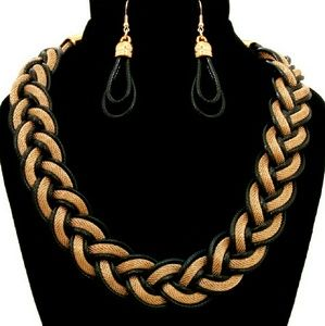 📚 Twisted Chain Necklace Set - Black