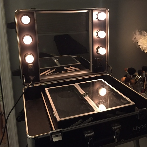 Nyx 💰sold 💰 Makeup Vanity Case With Dimmable Lights From