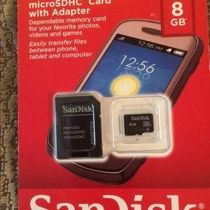 San Disk microSDHC card w Adapter