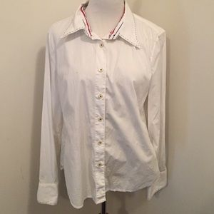 Tommy Hilfiger button down shirt wth blue piping