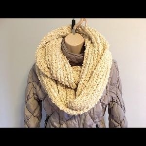 14th & union Accessories - Beige color scarf