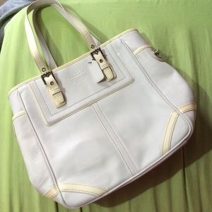 Like new coach handbag!