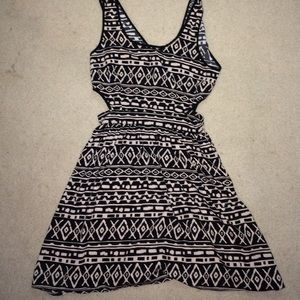 New Flowy Cut Out Print Dress