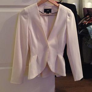H & M suit jacket blazer  white . Size 2