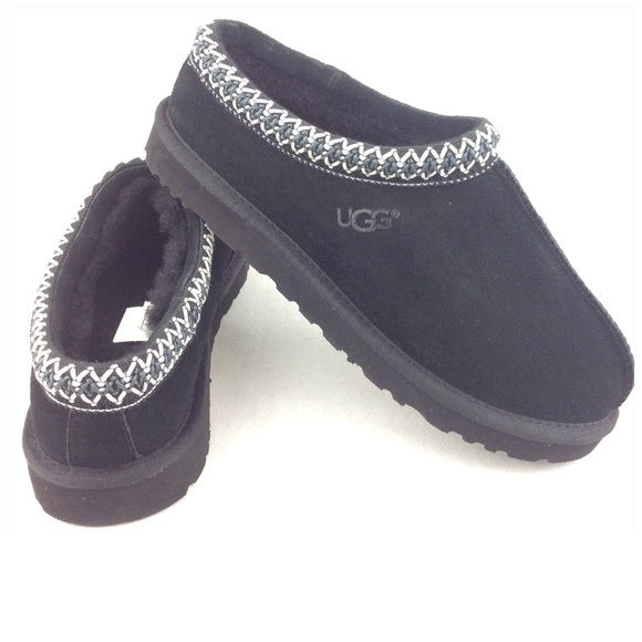 cfdb0e63cc5 UGG Tasman Women's Black Scuffs Slippers SZ: 9