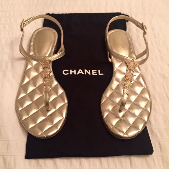 CHANEL Shoes | Calfskin Quilted Star CC Thong Sandals ...