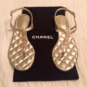 CHANEL Calfskin Quilted Star CC Thong Sandals