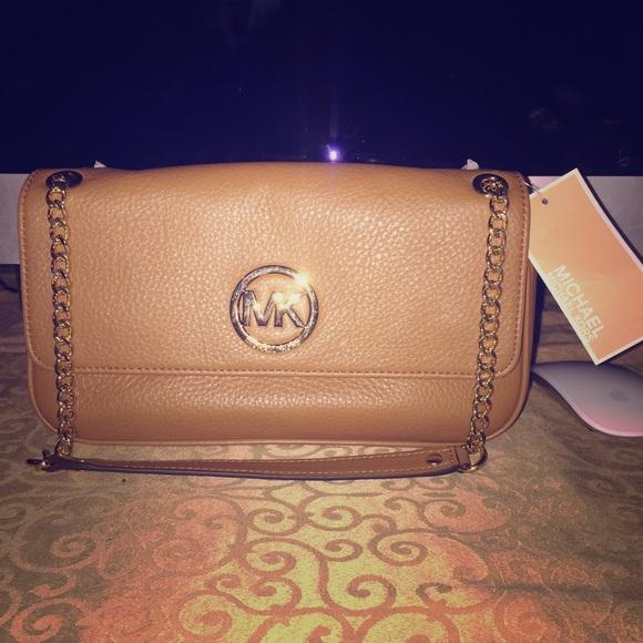348517ff7b0f7 Michael Kors Fulton Small Flap Shoulder Bag