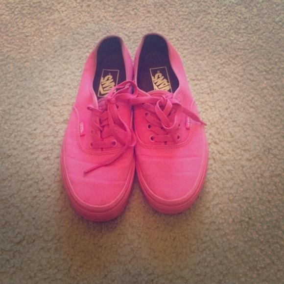 fdb73db74db All pink vans. M 567036044e8d171015001b3d