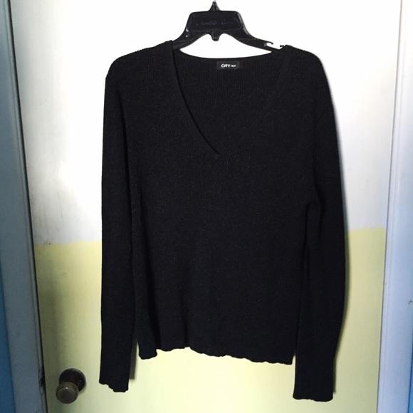 Flowy black sweater M from ! robyn's closet on Poshmark