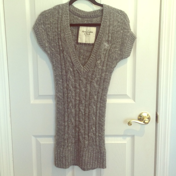 Abercrombie Grey Sweater Dress 33