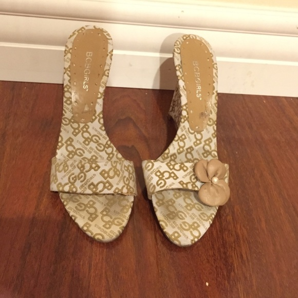 78 bcbgirls shoes 4 quot wedge strapless sandals from