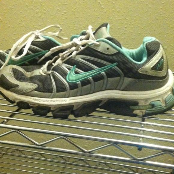 Nike Air Tri-D soft phylon tennis shoes