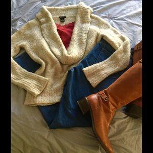 BCBGMaxAzria Sweaters - 🎉HP 9/11/16🎉So SOFT Deep Cowl Sweater