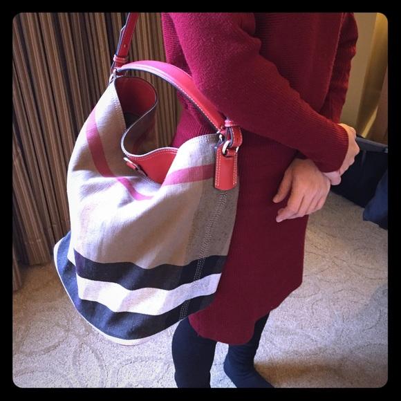 44a6e9a50c Burberry Handbags - Authentic Burberry brit susanna bucket bag