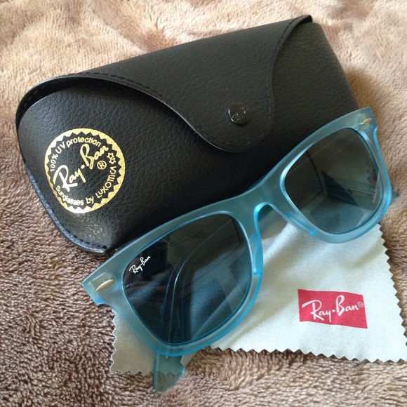4e20f86925 Original wayfarer Ice Pop Blue Gradient Ray-Ban. M 56719981c6c79556d2002963