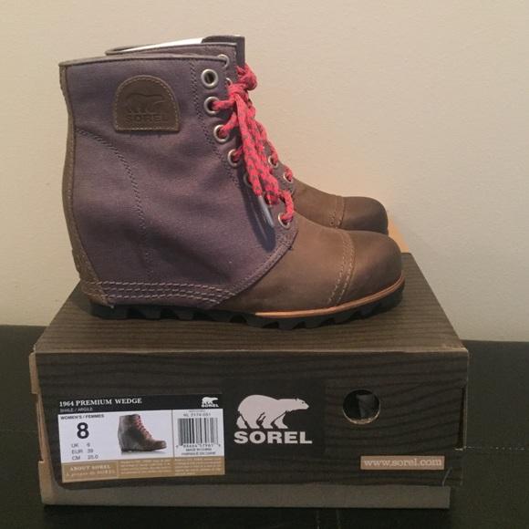 15413d14fcf NIB SOREL 1964 Premium Wedge Boot! SZ 8! CUTE!