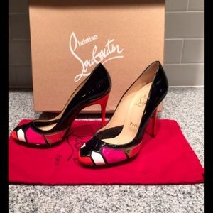 Christian Louboutin pumps 37