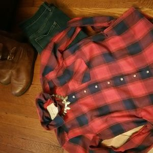 Fun plaid tunic with cool features