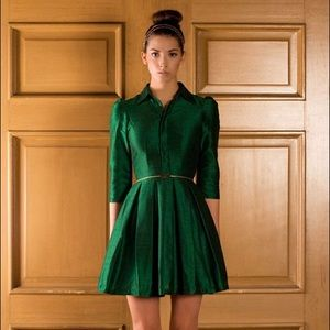 Dresses & Skirts - Emerald Green box pleat dress