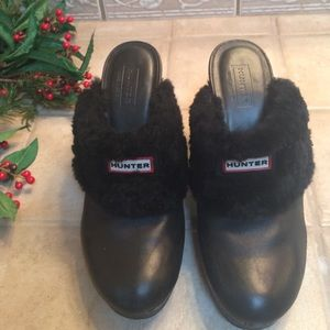 "Hunter ""Bruson"" Leather Clogs with Shearling"